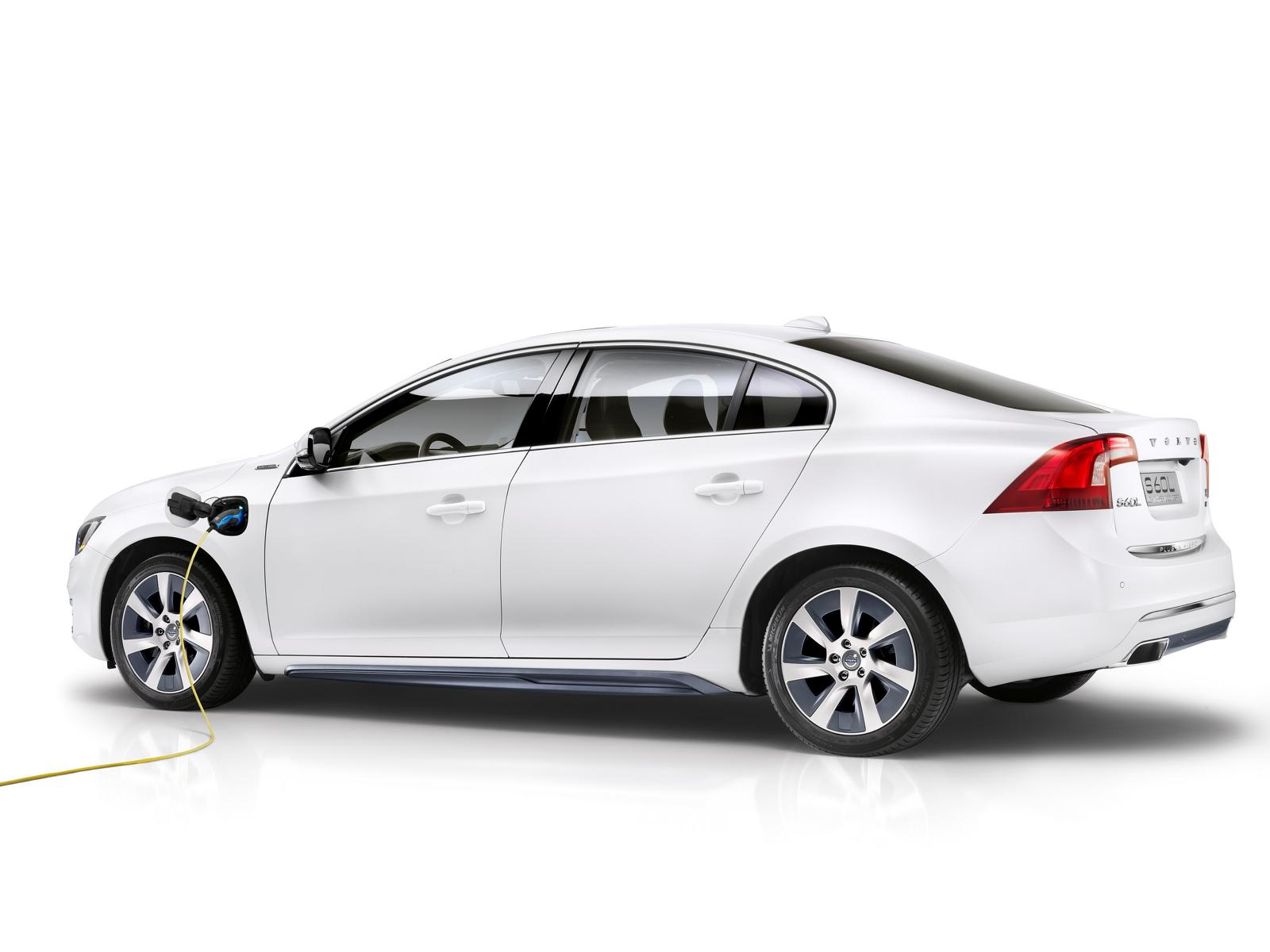 K1600 143376 Volvo S60L PPHEV Petrol Plug in Hybrid Electric Vehicle Concept Car