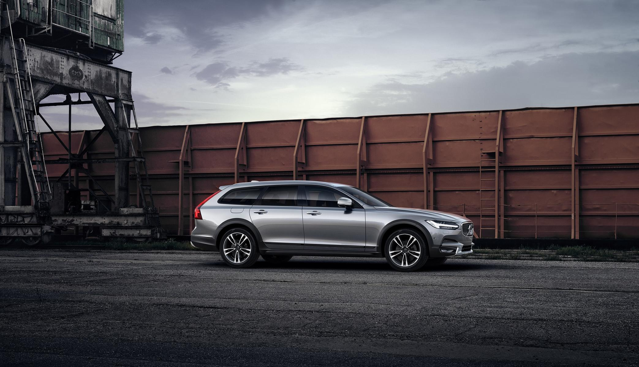 K1600 201445 Volvo V90 Cross Country mit Polestar Performance Optimierung
