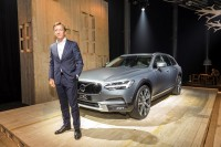 K1600 199314 Volvo V90 Cross Country mit H kan Samuelsson President CEO Volvo Car Group