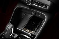 K1600 213037 Volvo XC40 Smartphones kabellos laden