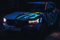 234262 Graffiti K nstler Ren Turrek verwandelt neuen Volvo XC40 in audiovisuelles