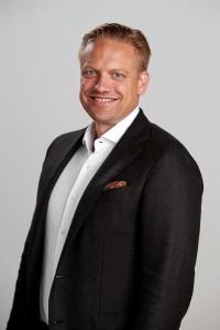 199502 Henrik Green