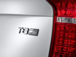 K1600 150059 The all new Volvo XC90 T8 badge