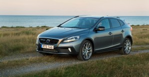 K1600 166974 Volvo V40 Cross Country model year 2016