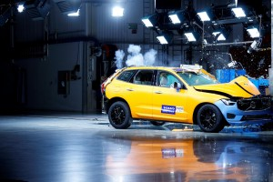 K1600 205040 The new Volvo XC60 Crash tests