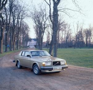 K1600 206103 Volvo 262C