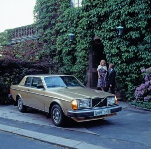 K1600 206104 Volvo 262C