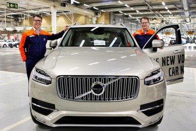 K1600 156788 Lars Wrebo and Peter Mertens with the first series produced new Volvo XC90