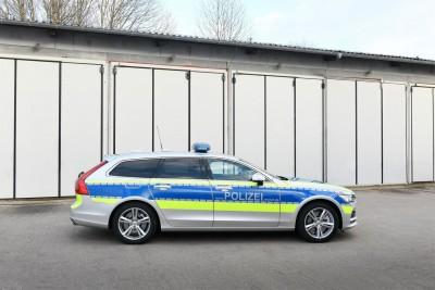 K1600 217506 Auf Streife im Volvo V90 Premium Kombi ab sofort als Polizeiauto im