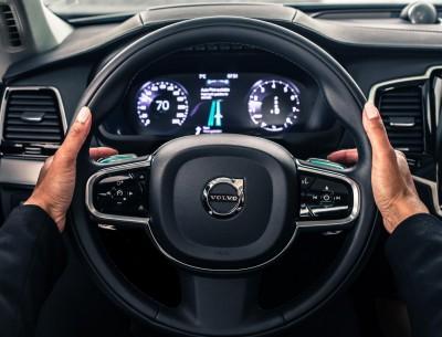 K1600 167826 Volvo IntelliSafe Auto Pilot