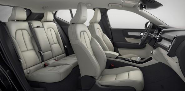 223207 Volvo XC40